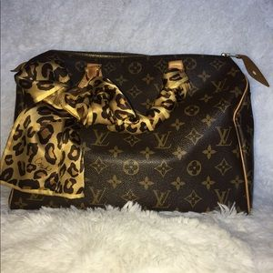 bef9893610a3 Women s Louis Vuitton Speedy Handbags